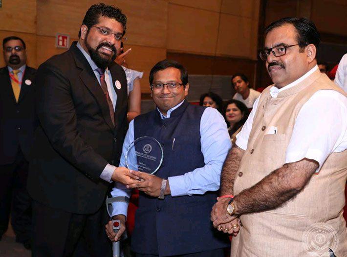 Shri Tarun Chugh All India BJP Secretary Felicitation by Director Stephen Mascarenhas @ PFAMES